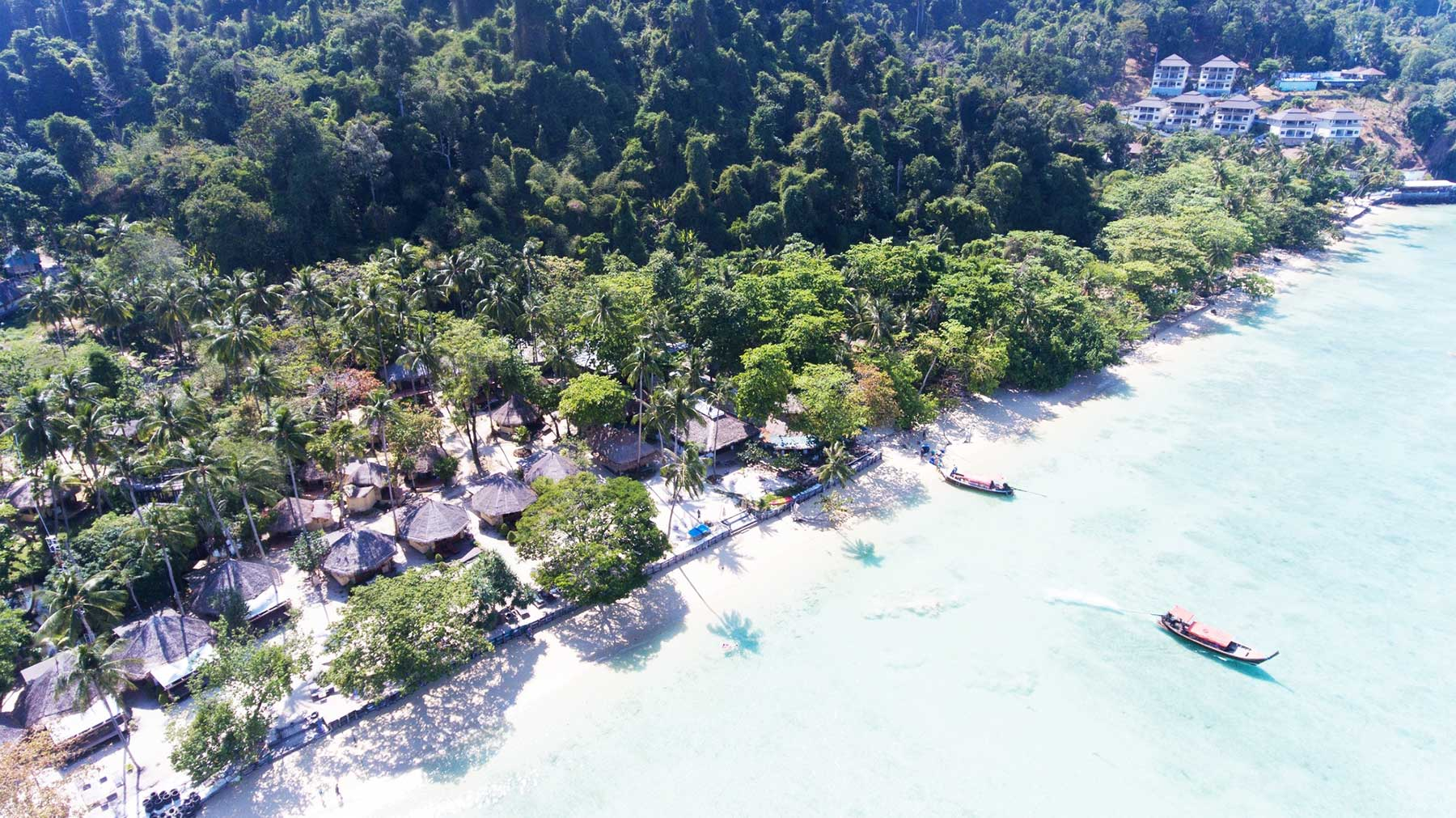Koh Ngai tourist destination, Thapwarin Resor